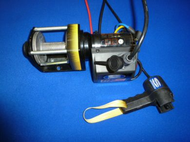 TM006G 12 Volt Electric Super Winch